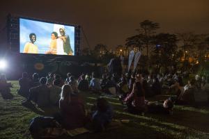 躺在草地看電影!西九10月化身露天影院