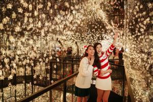 走進浪漫星海!PopCorn「聖誕夢幻鏡之國度」