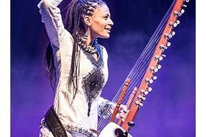 世界文化藝術節2017節目:素娜.祖巴特與樂隊(岡比亞/英國)《非洲豎琴音樂會》