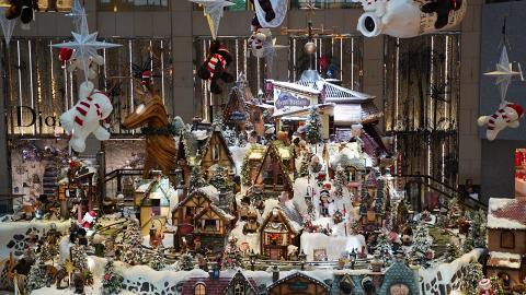 【聖誕好去處2019】聖誕小熊童話村莊登陸中環!白色聖誕市集/飄雪夢幻影相位