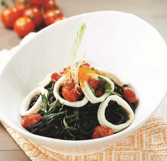 日本蟹籽魷魚墨汁意粉 (圖: Italian Tomato)