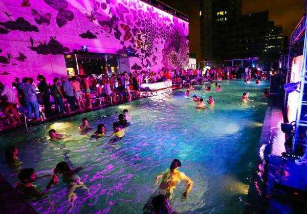 W Hotel年度泳池派對SHOCK WAVE 2015 門票發售中(圖:FB@W Hong Kong)
