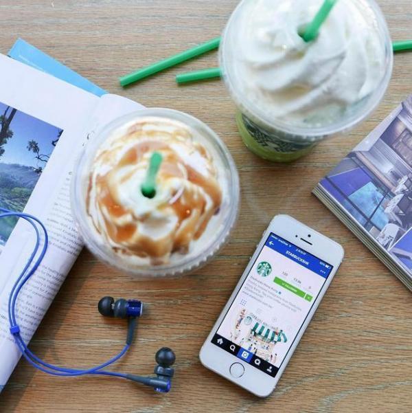 Follow Starbucks Instagram享星冰樂買一送一優惠 (圖: IG@starbuckshk)