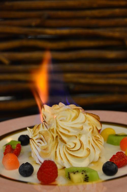 悅來酒店香港舊情懷自助晚餐 火焰焗雪山 (圖: 官方圖片)