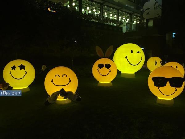 PMQ中秋燈會 掛千個Smiley花燈