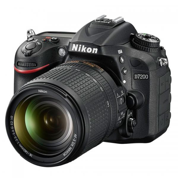 Nikon D7200 數碼相機連18-140mm鏡頭套裝