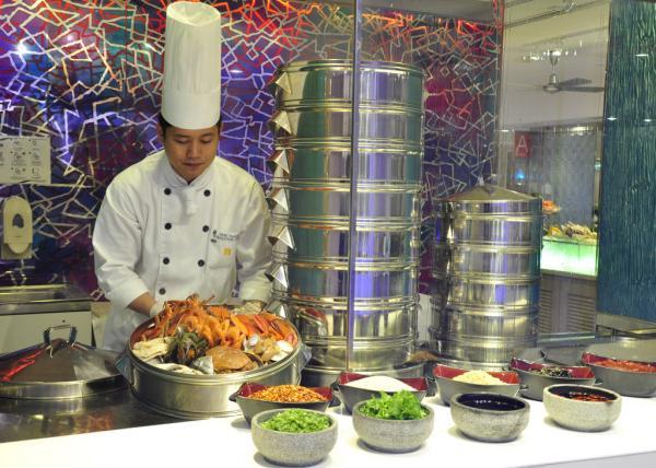 富豪東方酒店「中法Fusion海鮮雙子塔」自助晚餐