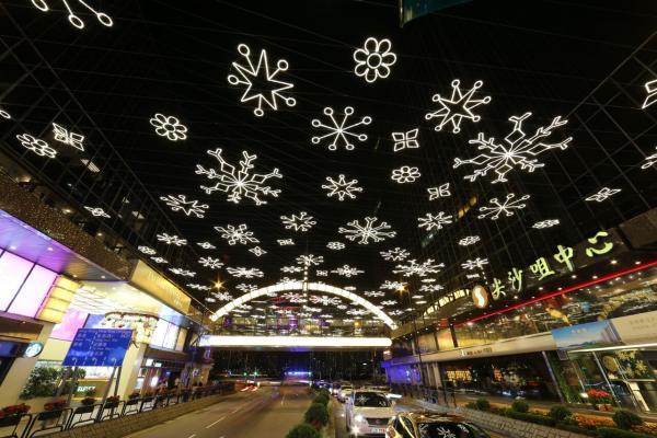 尖東療癒系聖誕燈飾 11.5起亮燈