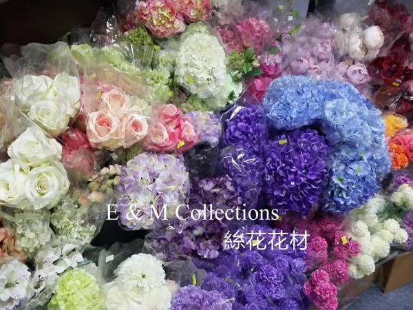 全場貨品低至5折起!新蒲崗婚禮用品開放日(圖:FB@E & M Collections)