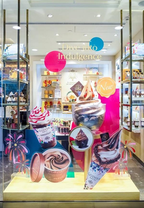兌換買一送一優惠!GODIVA 周年限定朱古力甜品(圖:FB@Godiva Chocolatier Asia)