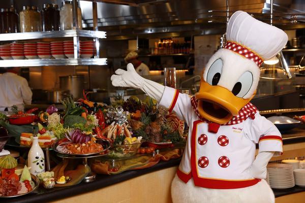 入園後去食!米奇廚師餐廳自助餐限時6折(圖:FB@香港迪士尼樂園)