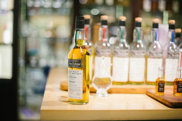 來自蘇格蘭的Bowmore 15YO威士忌