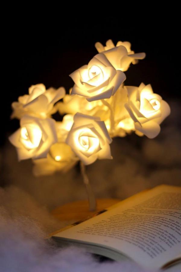 親手製小巧精緻白玫瑰燈!白戀人之樹 流動燈手作坊