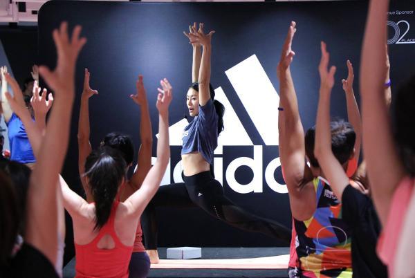 女生專屬!adidas神秘戶外瑜伽派對