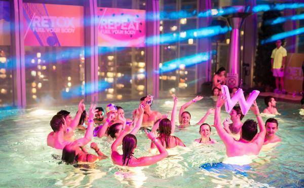 設早鳥優惠票!W酒店夏日泳池派對6月回歸