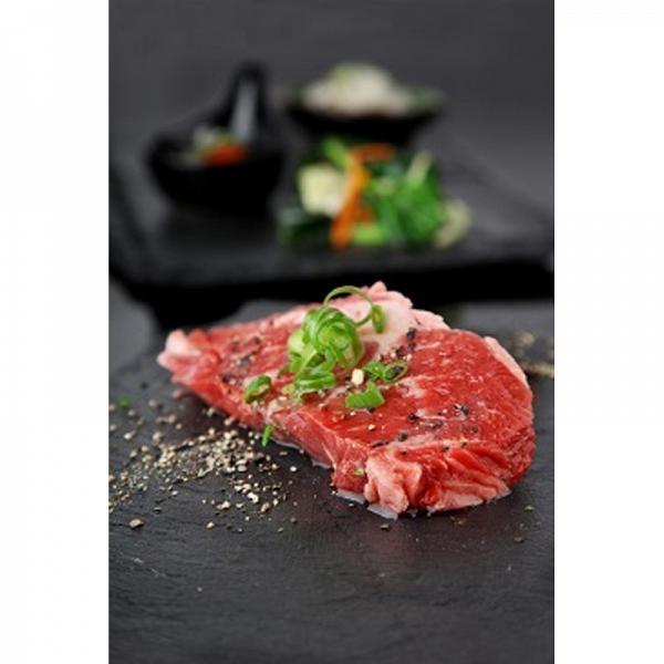 黑椒汁洋蔥牛肉片套餐(包括白飯、炒時菜、湯)