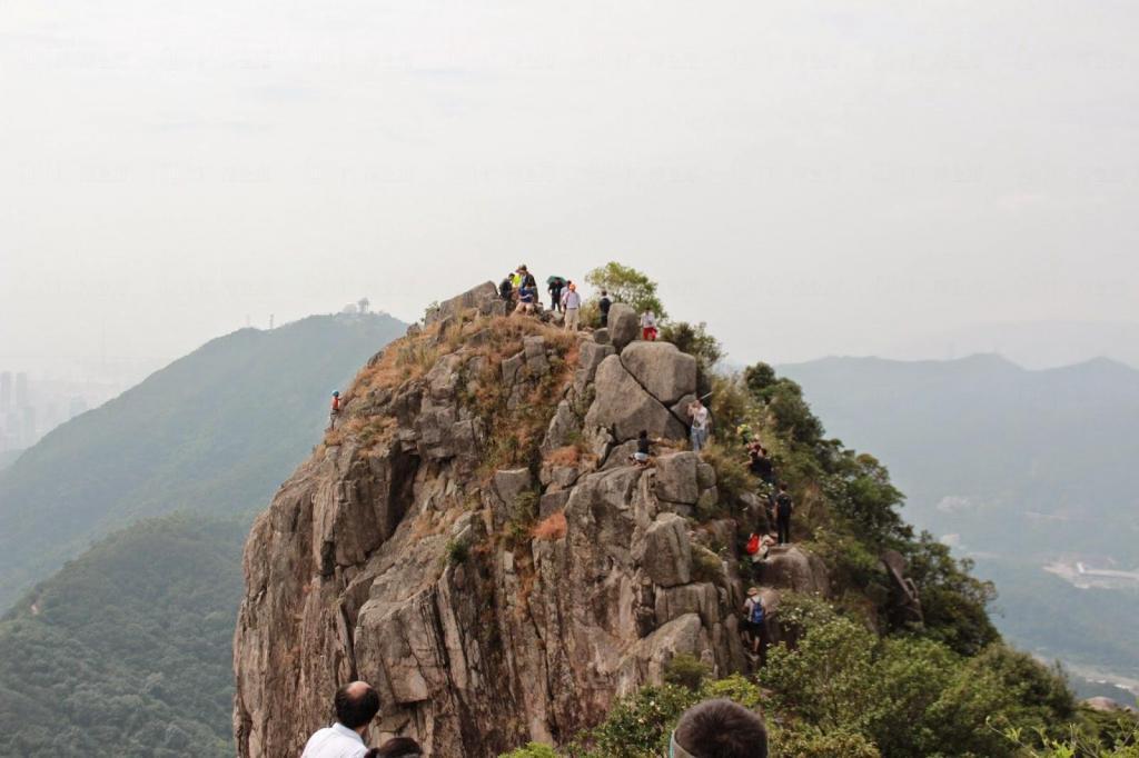 攀过望远方 之 狮子山上唱狮子山下》 26/10/2014 《[怎也应该爬一次]