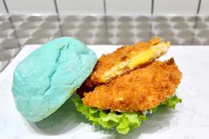 專攻少女心 漢堡包都要Tiffany Blue