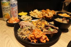 沙田平歎韓國菜 $68任食炸雞+牛肋骨+甜品