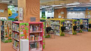 粉嶺南公共圖書館