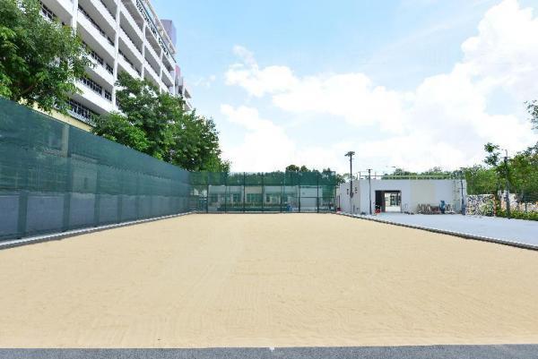 天水圍天業路人造沙灘球場