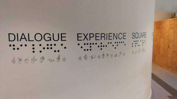 Dialogue Experience Square