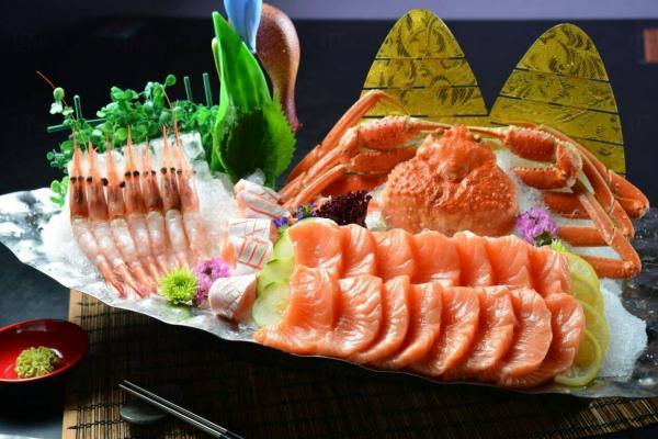 多款魚生供應(圖:FB@漁之部屋)