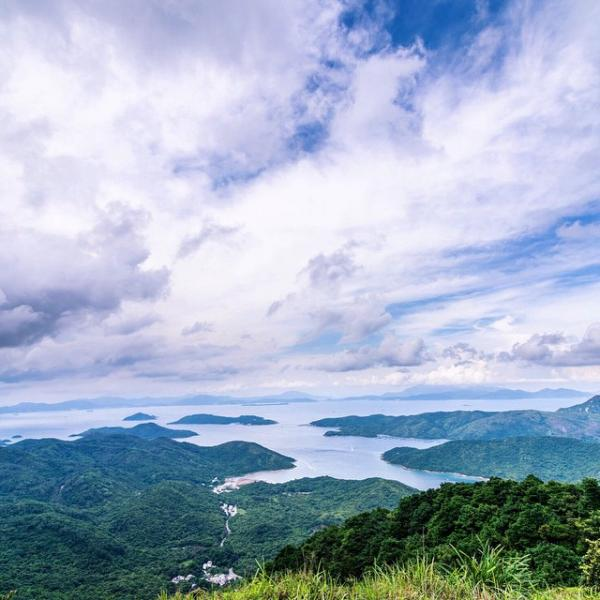 岩頭山(圖:#uhkphoto投稿/IG@rooster88)