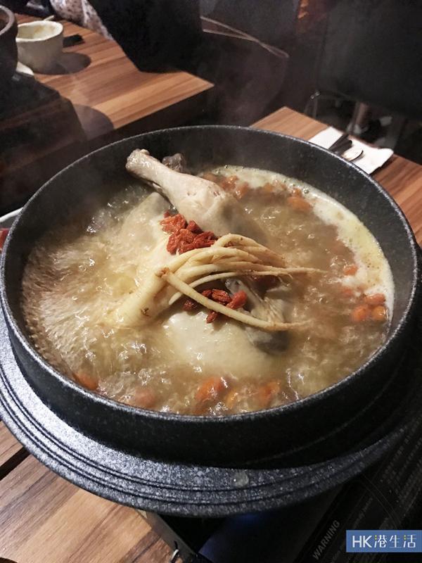 火鍋新食法!人參雞湯底配海鮮大餐