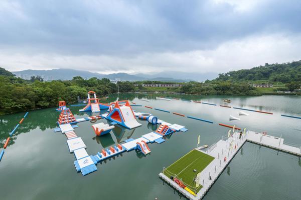 香港最大型充氣水上樂園6月開幕!12項玩樂設施率先睇