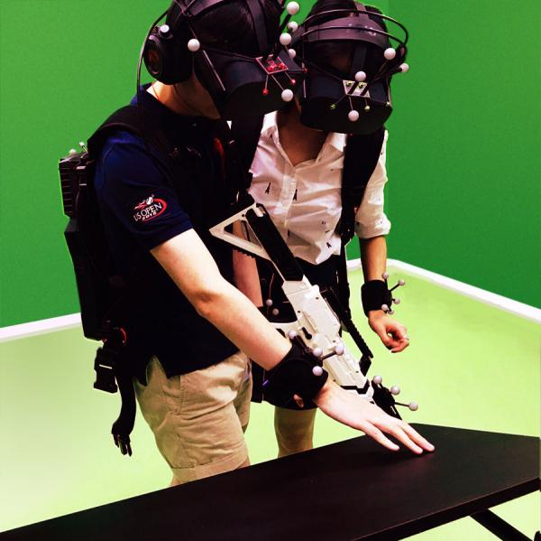 銅鑼灣超真實景密室逃脫遊戲!組隊打喪屍VR