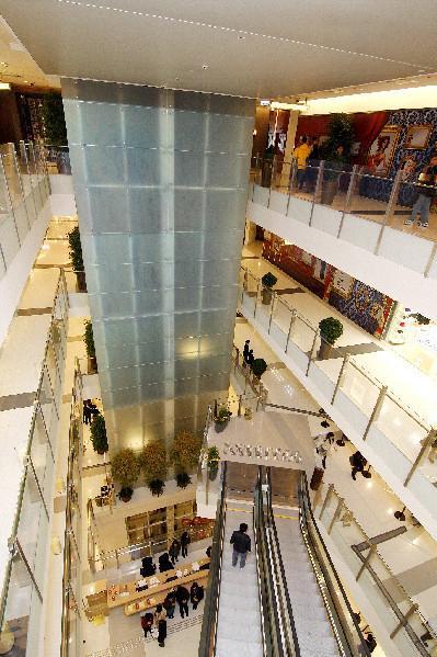 K11 購物藝術館內集購物娛樂藝術於一身,與一般商場設計大為不同。