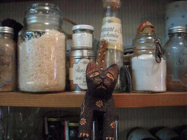 店內有不少貓咪小擺設,為小店加添溫馨感覺。