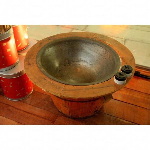 傳統的龍井茶炒鍋。