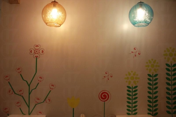 店內的花朵牆十分可愛,恍如走入兒童天地。