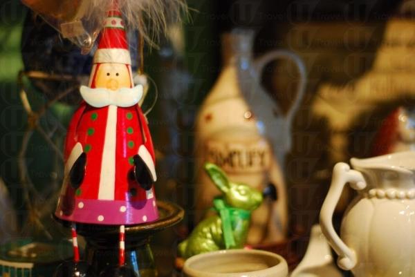 聖誕老人公仔十分有東歐風味。