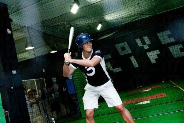 在 PLAY 可體驗打棒球的樂趣。