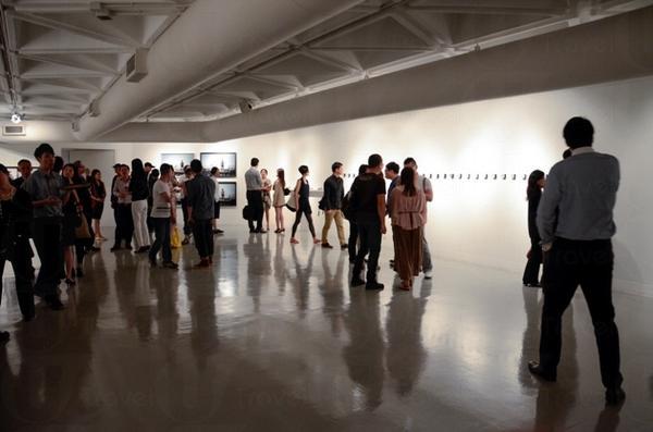 藝術中心內配備多元化設施,讓視覺、表演、電影、錄像和媒體等藝術領域都能有所發揮。