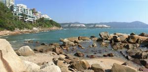 夏萍灣不適宜游泳,但可以在該處曬太陽及燒烤。