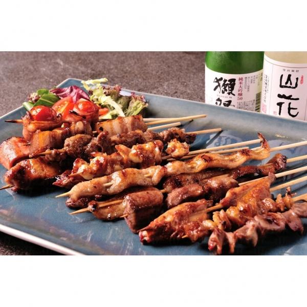 香香燒先是主打串燒,引入真空慢煮的設備,將羊架、猪腩肉等低温處理再燒烤,肉質與別不同 (網上圖片)