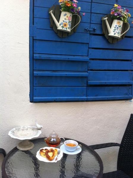 Cafe 的後園設有別具特色的戶外茶座
