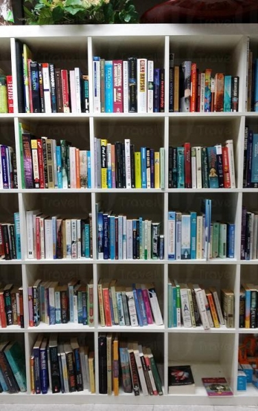 家品店中也能找到二手書籍。
