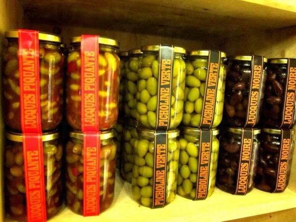 小店有售各種橄欖產品,充滿橄欖香