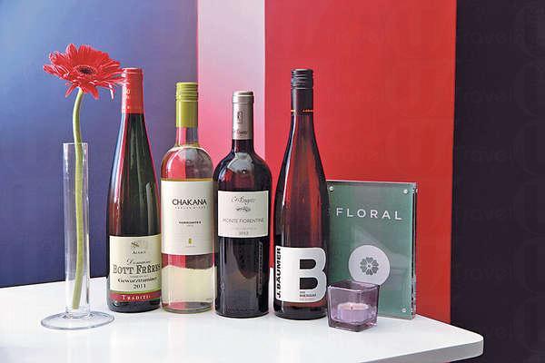 Crystal首推的花香系列葡萄酒,分別結合玫瑰、茉莉或白花等香味,各具特色。