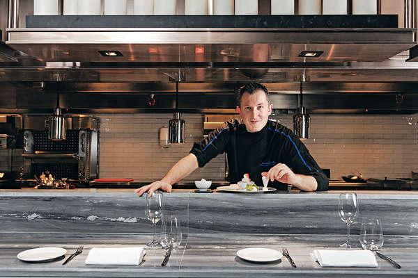 只得35歲的法籍大廚Olivier Elzer年紀輕輕,卻有非凡成就。