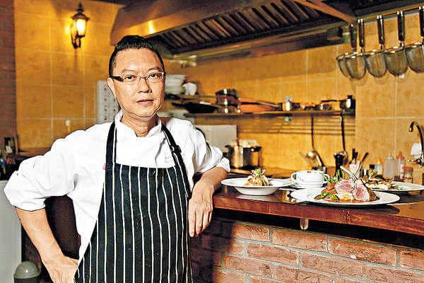 同行稱為「老總」的Chef Yeung入廚近30年,首次兼任老闆及大廚。