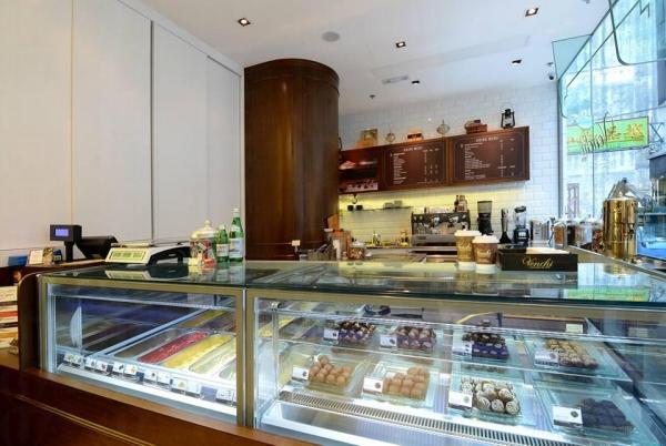 Venchi香港首間Cafe兼賣多款意式咖啡及朱古力特飲。