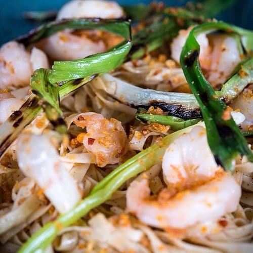 Prawn Lo Mein with Shellfish Oilz︰選用老子號的蝦子粗麵,夠彈牙!