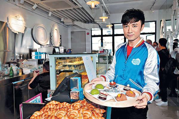 老闆古巨基落足心力經營甜品店。