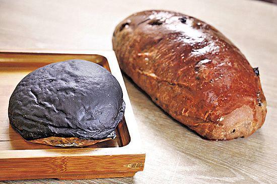 黑炭頭($8,圖左)及麥包($13,圖右)很受歡迎,是健康麵包系列的王牌。